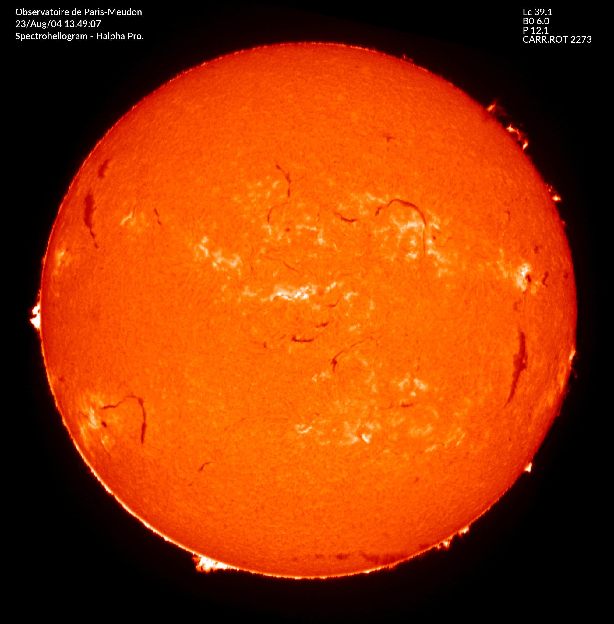 Raie H alpha 6562.8 A protubérances avec lune artificielle